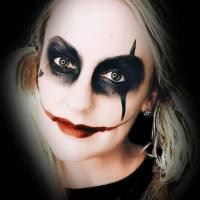 Emma Andrew Harley Quinn Look
